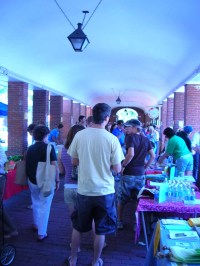 headhouse-farmers-market-kickoff.jpg